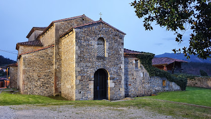 Iglesia Prerromanica de Santianes de Pravia