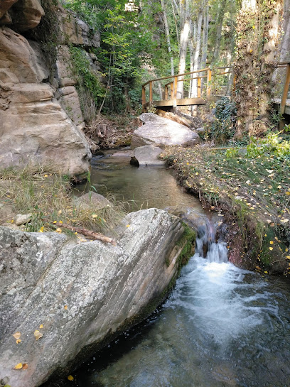 Paseo fluvial Villar del Humo