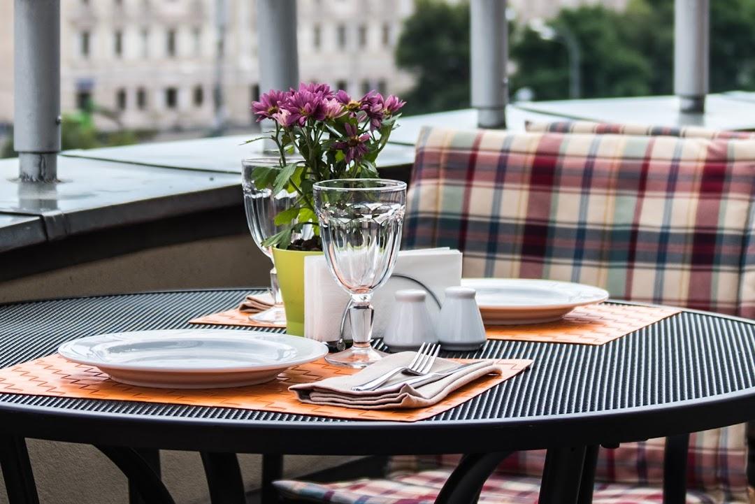 Ресторан Bon App Cafe в Тверском районе