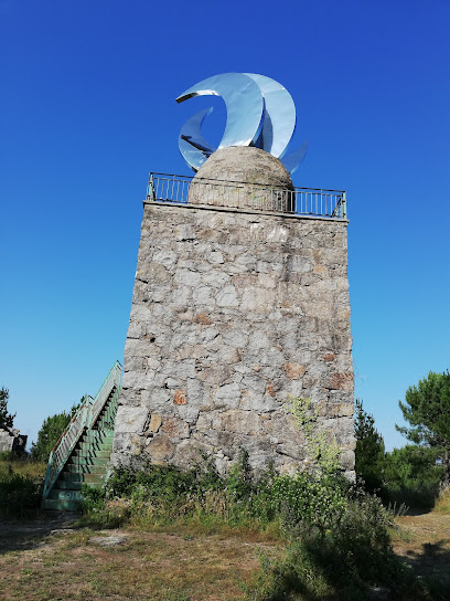 Miradoiro do Faro das Lúas