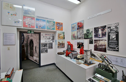 Henschel Museum + collection e.V.