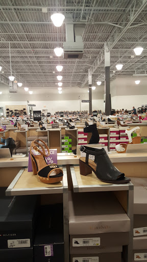Shoe Dsw Designer Warehouse Reviews And Photos 427 Crossroads Blvd Cary Nc