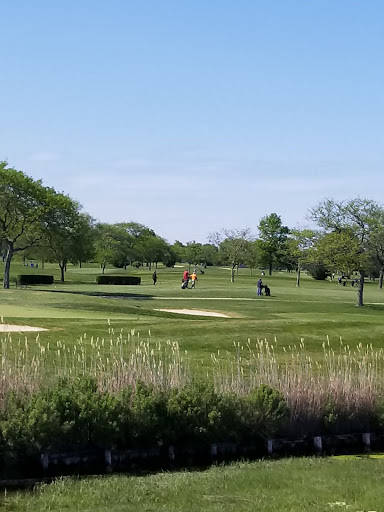 Golf Course «Merrick Golf Course», reviews and photos, 2550 Clubhouse Rd #1, Merrick, NY 11566, USA