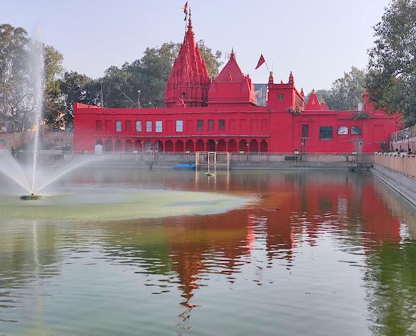 Durga temple,best place to visit in varanasi