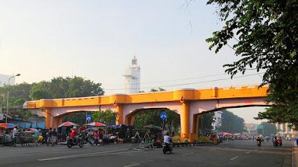 Viaduk Jalan Pahlawan