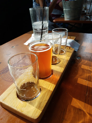 Brewpub «Griffin Claw Brewing Company», reviews and photos, 575 S Eton St, Birmingham, MI 48009, USA