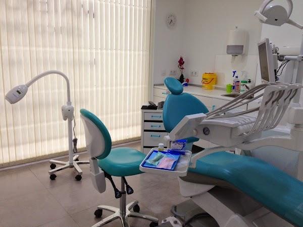 Clínica Dental Materdent