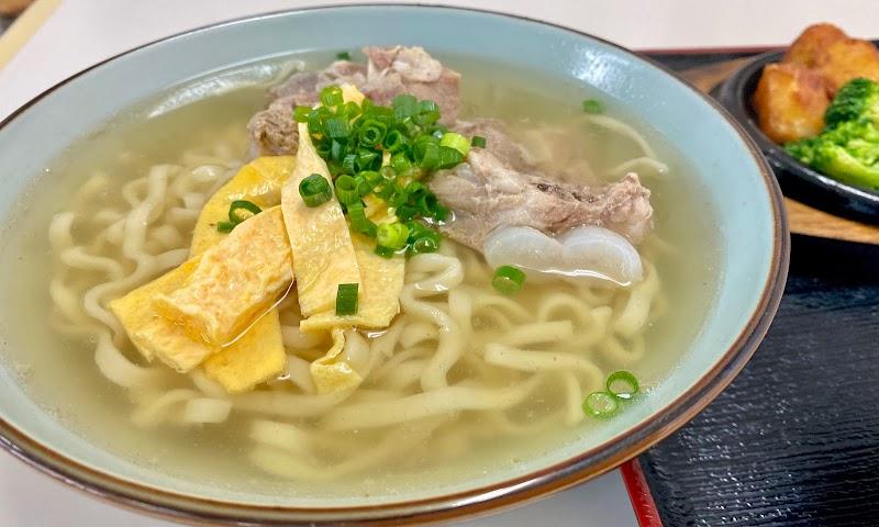 くわっちぃ食堂 青空 北中城店