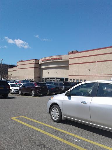 Movie Theater «Linden Boulevard Multiplex Cinemas», reviews and photos, 2784 Linden Blvd, Brooklyn, NY 11208, USA