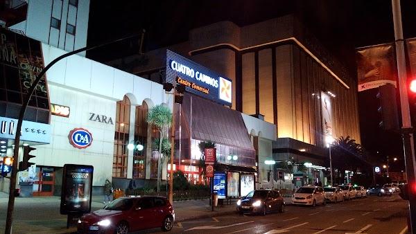 Aparcamiento Centro Comercial Cuatro Caminos