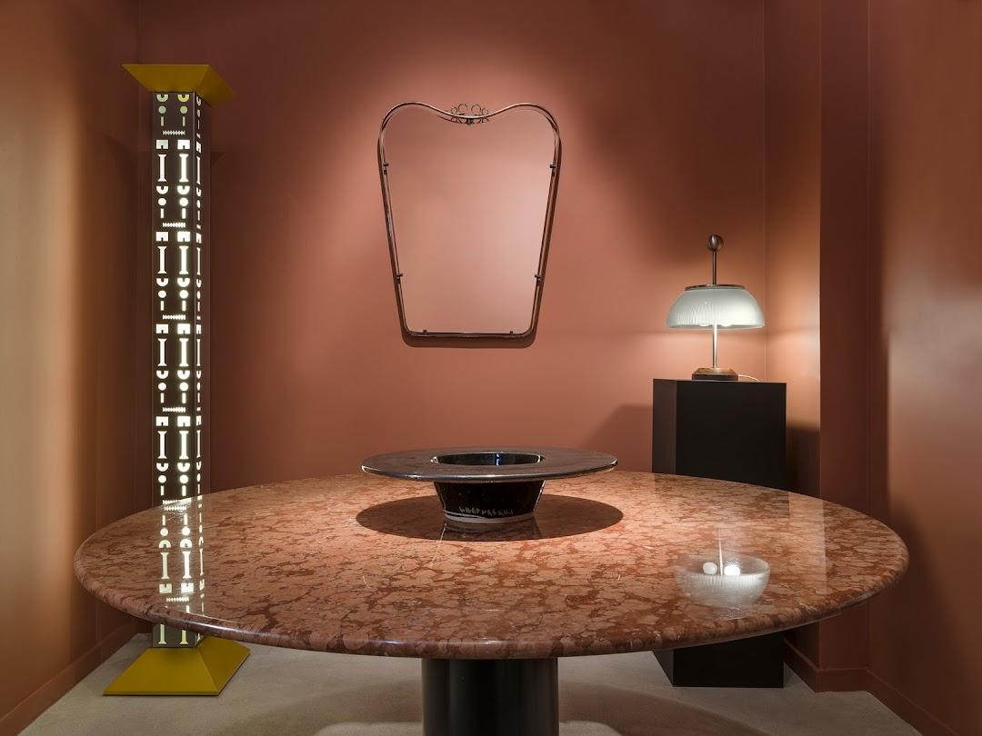 Antiqua Gallery - Historical Design