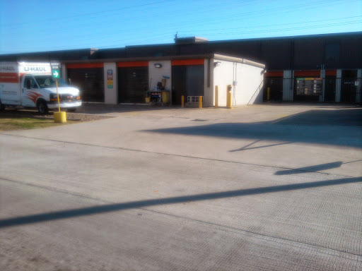 Truck Rental Agency «U-Haul Moving & Storage at Energy Corridor», reviews and photos