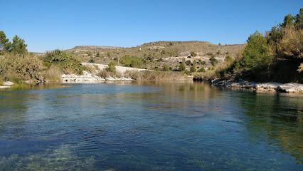 L' illa De La Esgoletja