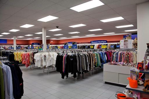 Goodwill Danbury Store and Donation Station, 2 Beaver Brook Rd, Danbury, CT 06810, USA, Thrift Store