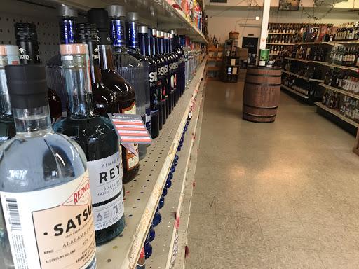 Wine Store «Cahaba Spirits», reviews and photos, 3135 Cahaba Heights Rd, Vestavia Hills, AL 35243, USA