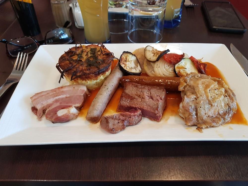 photo du resaurant Brasserie 5h A Sieste