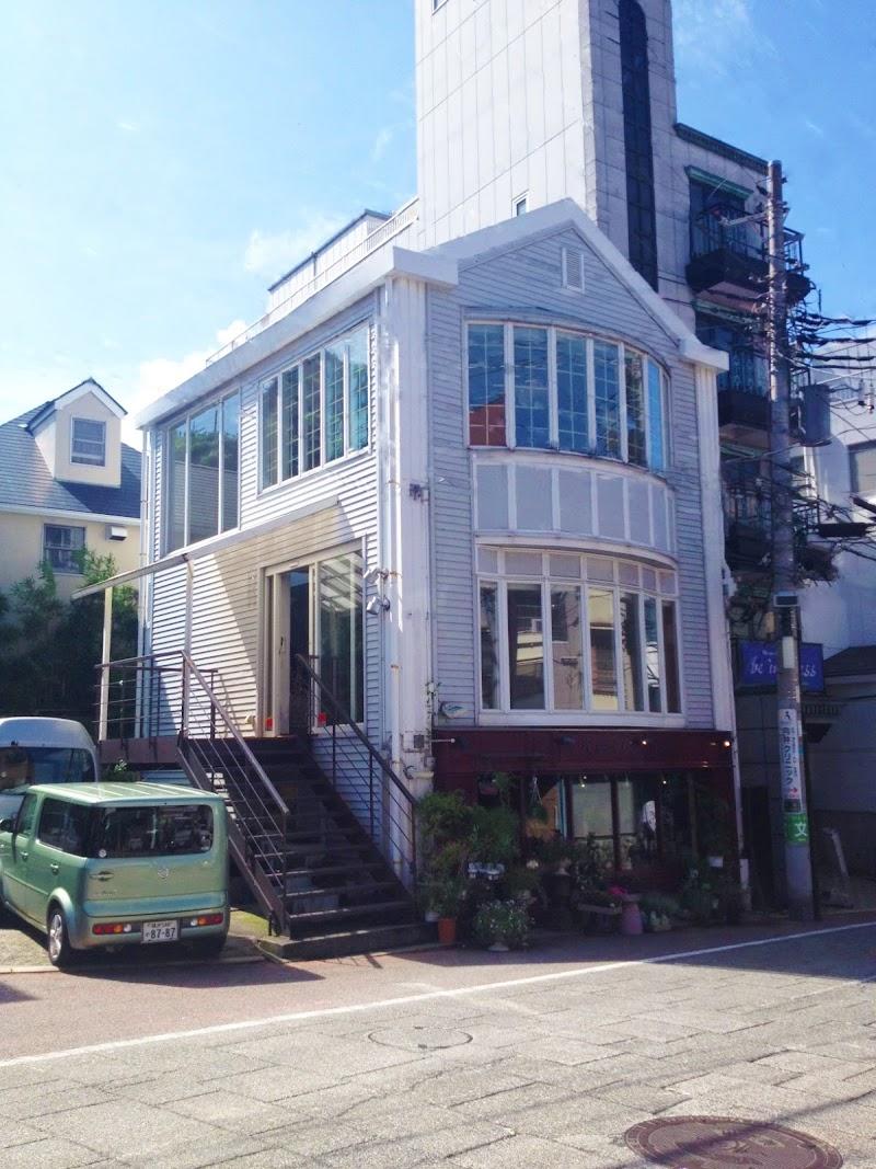 エルベシャプリエ横浜元町