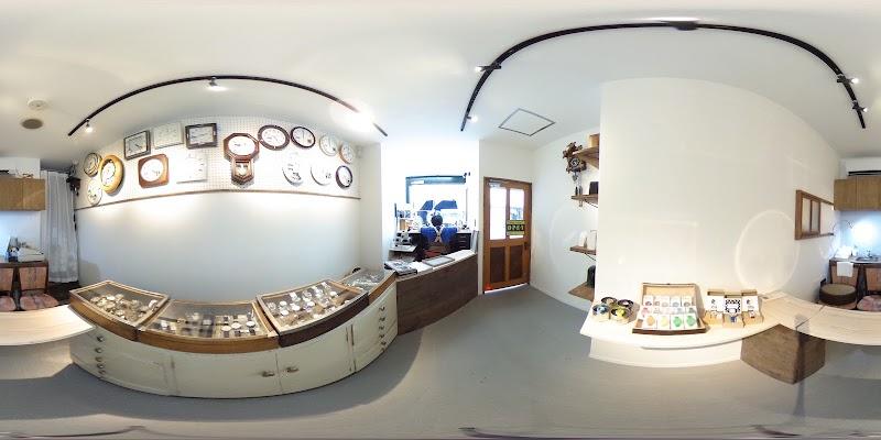 カドワキ時計店