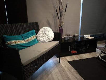 imagen de masajista Enso Relax Center