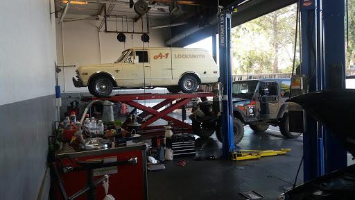 Auto Repair Shop «Meineke Car Care Center», reviews and photos, 2660 S El Camino Real, San Mateo, CA 94403, USA