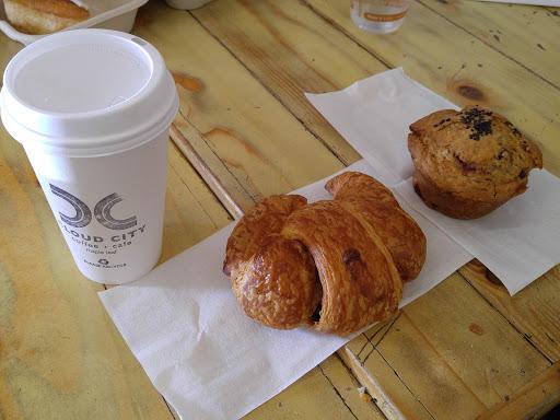 Cafe «Cloud City Coffee», reviews and photos, 8801 Roosevelt Way NE, Seattle, WA 98115, USA