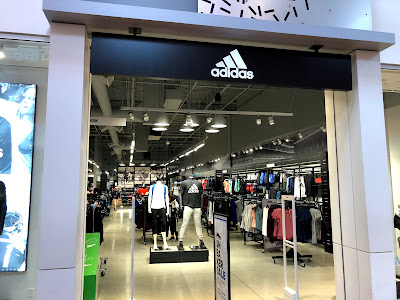 Eliminar Ondular anchura  adidas Outlet Store - Tsawwassen Mills - Sportswear Shop in Vancouver,  Canada | Top-Rated.Online