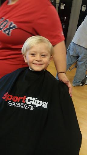 Hair Salon «Sport Clips Haircuts of Kingman», reviews and photos, 3880 Stockton Hill Rd #105, Kingman, AZ 86409, USA