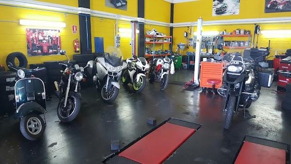 Neumáticos Motoval Coruña