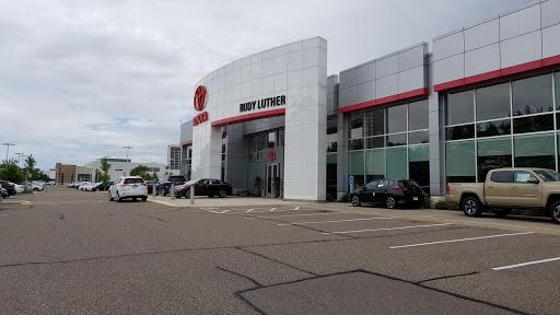 Toyota Dealer «Rudy Luther Toyota», Reviews And Photos, 8805 Wayzata Blvd, Golden  Valley, ...