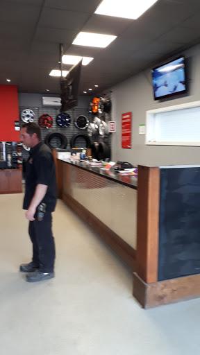 Tire Shop Entrepôt du Pneu Cap-de-la-Madeleine in Trois-Rivières (QC) | AutoDir