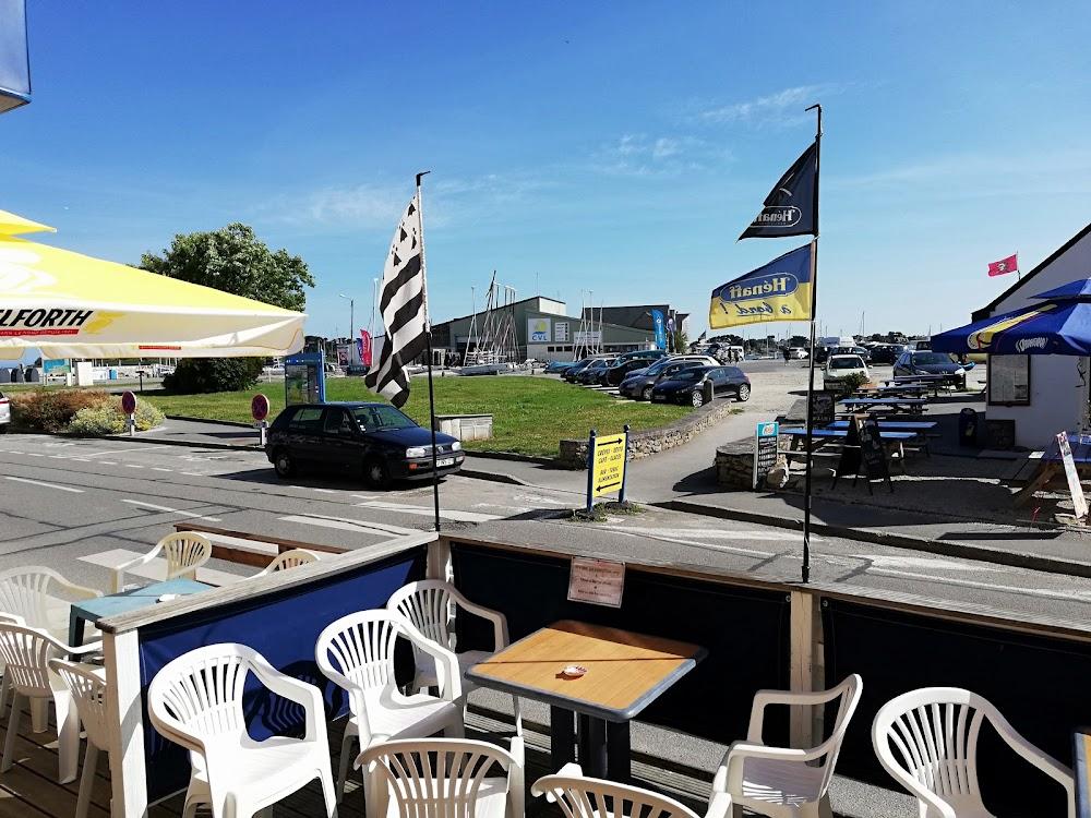 photo du resaurant Café du Port