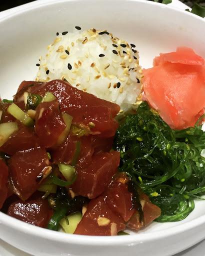 Seafood Restaurant «Hot Tuna Bar & Grill», reviews and photos, 2817 Shore Dr, Virginia Beach, VA 23451, USA