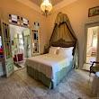 Lola 38 Hotel