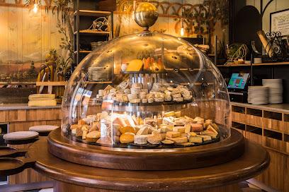 photo du restaurant La Cloche à Fromage RESTAURANT
