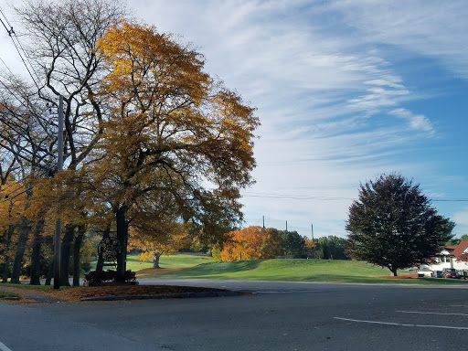 Public Golf Course «Sandy Burr Country Club», reviews and photos, 103 Cochituate Rd, Wayland, MA 01778, USA