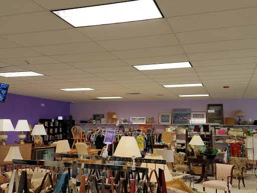 Wings Resale Store, 1302 N Rand Rd, Arlington Heights, IL 60004, Thrift Store