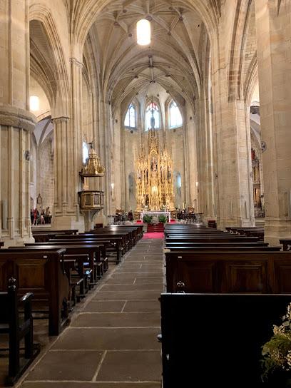 Iglesia de Nuestra Señora de la Asunción y del Manzano