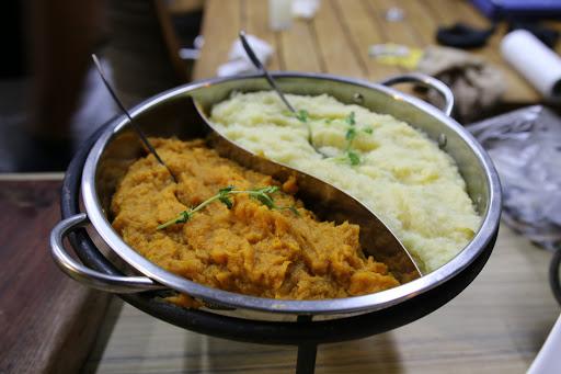 דוכני מזון וקייטרינג שף לאירועים - NOYA FOOD