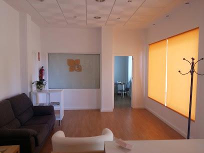 imagen de masajista Centro de Fisioterapia Mercedes Molano