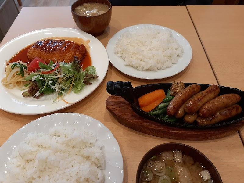 Luana Cafe Do(ルアナ・カフェ・ドゥ)