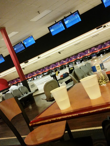 Bowling Alley «AMF Pinole Valley Lanes», reviews and photos, 1580 Pinole Valley Rd, Pinole, CA 94564, USA