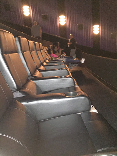 Movie Theater «Cinemark Tinseltown 20 and XD», reviews and photos, 15436 Farm to Market 1825, Pflugerville, TX 78660, USA