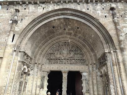 L'Abbaye St-Pierre