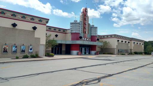 Movie Theater «Marcus Hillside Cinema», reviews and photos, 2950 Hillside Dr, Delafield, WI 53018, USA