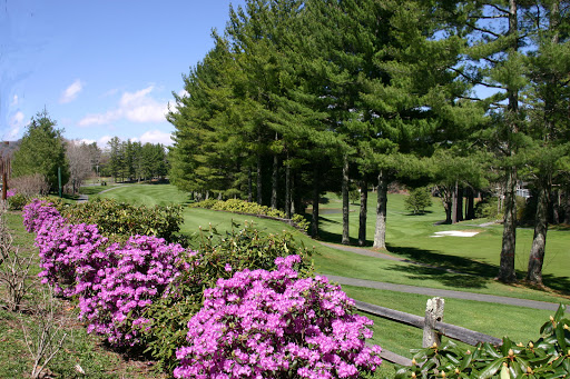 Golf Club «Linville Land Harbor Golf Club», reviews and photos, 1665 Goose Hollow Rd, Linville, NC 28646, USA