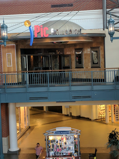 Movie Theater «iPic Bayshore», reviews and photos, 5800 N Bayshore Dr, Glendale, WI 53217, USA