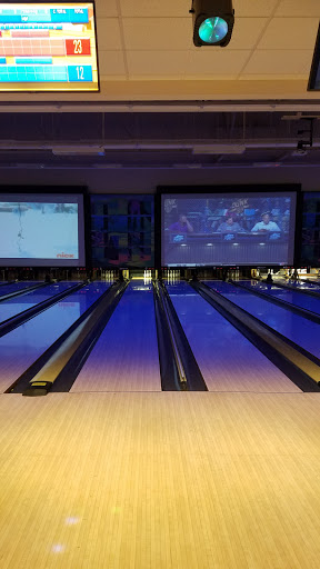Bowling Alley «Pinz - Milford», reviews and photos, 110 S Main St, Milford, MA 01757, USA