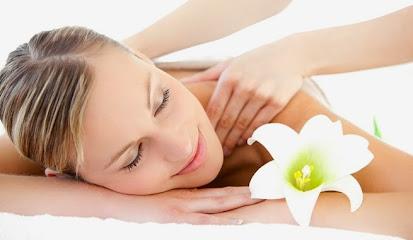 imagen de masajista NAMASKAR Masaje y Reiki para la Mujer