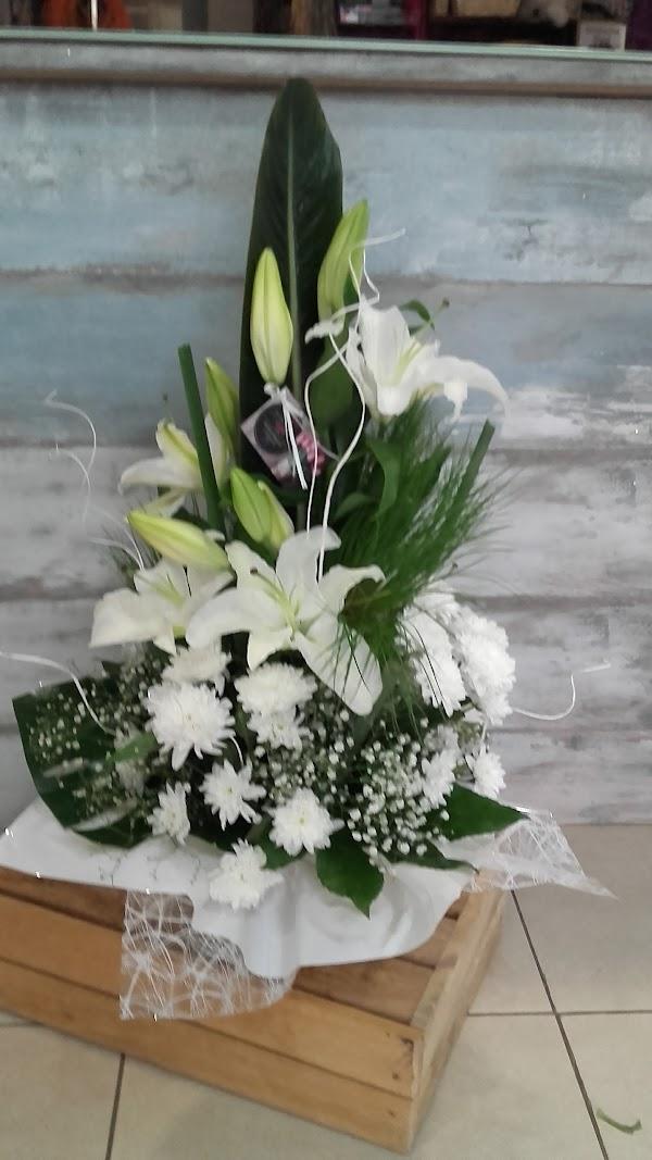 Decoart Flowers
