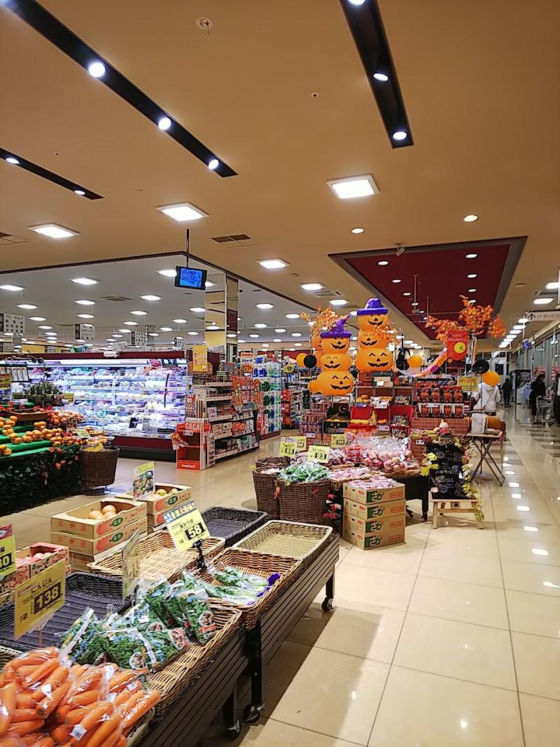 ライフ 吉川栄町店